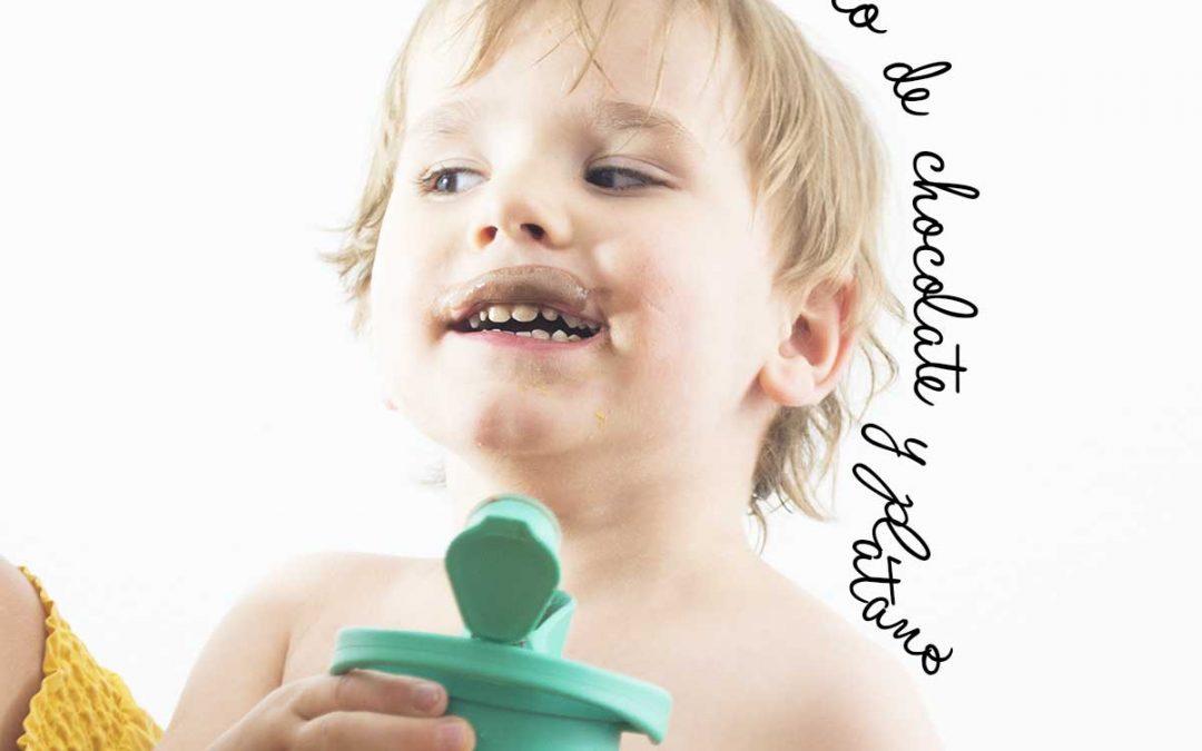 Refrescos saludables aptos para niños: batido de chocolate y plátano